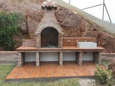Ideas para decorar tu hogar en Habitissimo Brick Grill, Patio Grill, Outdoor Barbeque, Outdoor Oven, Barbecue Design, Backyard Fireplace, Diy Home Repair, Outdoor Kitchen Design, Ideal Home
