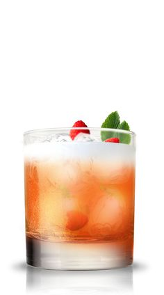American Beauty Alcoholic Drinks, Cocktails, Drink Me, Gin, American, Cheers, Ethnic Recipes, Beauty, Food