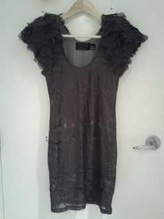 H Flutter sleeve lace dress XS $35
