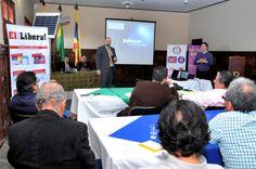 El periódico El Nuevo Liberal fue uno de los que ayudó a la organización de este foro de Energía Solar. Con el mismo se buscó poner en la agenda esta posibilidad tecnológica. Foto. Dairo Ortega.