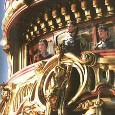 The Voyage of the Dawn Treader ~ Lucy, Caspian and Edmund Lucy Pevensie, Edmund Pevensie, Science Fiction, Chronicles Of Narnia Books, Narnia Prince Caspian, Star Rain, Mystery, Light Film, Legends And Myths