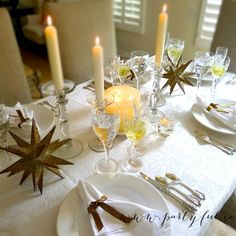 New Year's Eve Dinner Party Table Decor.  New Year's eve party table setting.  Silver and white tablescape. #NewYearsEve #NewYearsEve #tablesettings #decorations