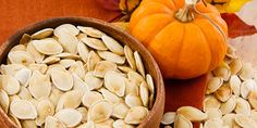 Delicious and Healthy Pumpkin Seed Recipes. A healthy flavored snack after you finish carving your pumpkin Pumpkin Seeds Benefits, Toasted Pumpkin Seeds, Pumkin Seeds, Diabetic Snacks, Healthy Snacks, Healthy Recipes, Healthy Fats, Nutritious Snacks, Healthy Dishes