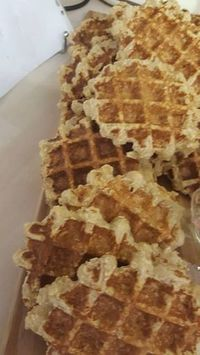 Havermout wafels Super Healthy Recipes, Healthy Dessert Recipes, Healthy Baking, Delicious Desserts, Snack Recipes, My Favorite Food, Favorite Recipes, Good Food, Yummy Food