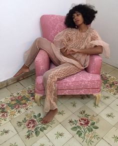 Solange sitting pretty. @thecoveteur