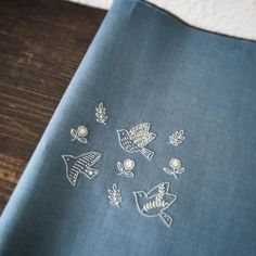 It is waiting sewing まだまだ作ってます。 刺繍 stitch handmade Embroidery Flowers Pattern, Simple Embroidery, Japanese Embroidery, Hand Embroidery Stitches, Modern Embroidery, Hand Embroidery Designs, Embroidery Art, Cross Stitch Embroidery, Fabric Crafts