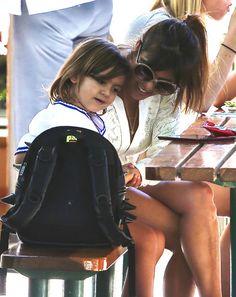 Kourtney Kardashian Grabs Lunch With Her Family In Malibu – Gallery Photo 1   Celebrity Baby Scoop