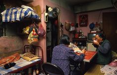 Kowloon apartment, 1980s. Photo Greg Girard