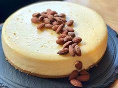SMAK Deli's Amaretto cheesecake http://www.eatout.co.za/recipe/smak-delis-amaretto-cheesecake/