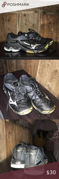 mizuno womens volleyball shoes size 8 x 3 inch dress age