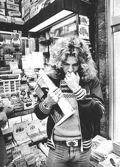 Robert Plant of Led Zeppelin in New York City, United States, John Paul Jones, John Bonham, Jimmy Page, Robert Plant Led Zeppelin, The Band, Greatest Rock Bands, Best Rock, Cool Bands, Great Bands