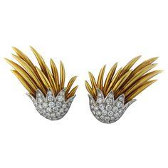 TIFFANY & CO JEAN SCHLUMBERGER Flame Diamond Gold Platinum Earrings