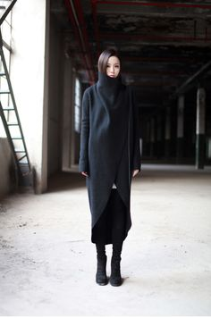 #style #fashion #minimal #black @Courtney Baker LaLa + form