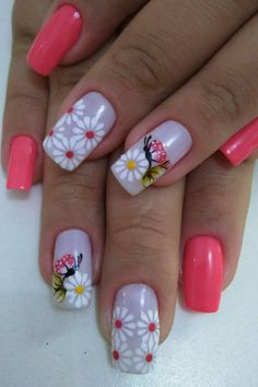 Nails with butterflies - decoration step by step Butterfly Nail Designs, Diy Nail Designs, Halloween Nail Designs, Spring Nails, Summer Nails, Sunflower Nail Art, Golden Nails, Pink Nail Art, Manicure E Pedicure