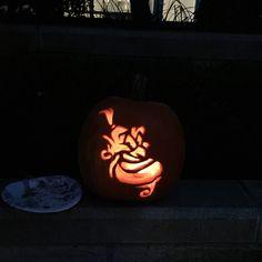 Genie from Aladdin pumpkin #halloween #pumpkin #pumpkincarving #aladdin #disney #genie