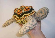 Ravelry: African flower Turtilio GoOutAndInSideHomeo crochet pattern by nnattalli m.
