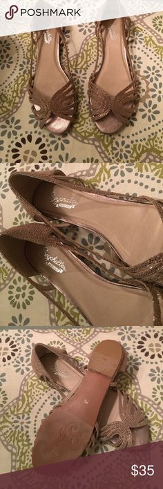 Seychelles flats In EUC note small scuff as pictured on toe beautiful flats dress up or down. Dusty gold Seychelles Shoes Flats & Loafers