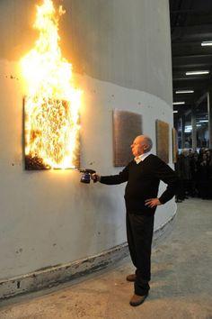 Tableaux de feu et Monochromes. Bernard Aubertin    .