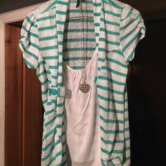 Heart soul short sleeve dress shirt Nice shirt for going out ❤️ Tops