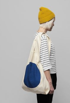Kokoro Moi – World Design Capital Helsinki 2012 Products. grey and white striped shirt, yellow beanie.mariner look. Mode Style, Style Me, Hair Style, Tote Bags, Bon Look, Fashion Bags, Womens Fashion, Trendy Handbags, Cotton Bag