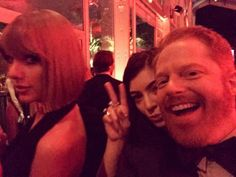 Taylor Swift, Lorde & Jesse Tyler Ferguson from Candid Moments From Vanity Fair 2016 Oscars Party Lorde, Taylor Swift Pictures, Taylor Alison Swift, Morden Family, Ethel Kennedy, Best Instagram Photos, Vanity Fair Oscar Party, Sabrina Carpenter, Role Models