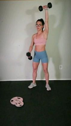 Dumbbell upper body workout routine : Tone your. At wi gs and build boulder shoulders with this flabby arm workout with weights. Add this intense arm exercise to your fitness routine to build strength and muscle. Upper Body Workout Routine, Body Workout At Home, Fitness Workout For Women, At Home Workouts, Fitness Tips, Muscle Fitness, Muscle Men, Ways To Loose Weight, Lose Weight