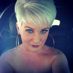 Meet the perfect stylist at Shear Envy Salon, located in Bellevue, MI! Short Sassy Hair, Short Grey Hair, Short Hair Cuts For Women, Short Hair Styles, Haircuts For Fine Hair, Pixie Hairstyles, Pixie Haircut, Blonde Hair Looks, Brown Blonde Hair