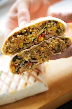 Garlic Parmesan Potatoes, Ras El Hanout, Bread Rolls, Quesadilla, Naan, Snacks, Picnic, Food And Drink, Healthy Recipes