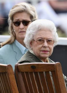 Queen Elizabeth II and Penny Brabourne Photos Photos - Lady Penny Brabourne and Queen Elizabeth II attend Windsor Horse Show on May 2011 in Windsor, England. Windsor Horse Show - Day 3 Queen Elizabeth Ii, Show Horses, British Royals, Interview, Windsor England, Lady, Fictional Characters, Royalty, Photos