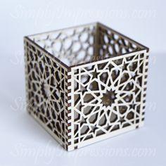Geometric wood box laser cut out. Laser Cut Box, Laser Cutting, Ramadan Decoration, 3d Laser Printer, Geometric Box, Laser Cutter Ideas, Islamic Patterns, Wood Boxes, Islamic Art