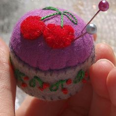 This #mini #pincushion is made using #recycled bottle caps. Wanna try and make your own? . . #makingpeoplehappy #thecraftdesk #handmade #felt #cherry #cherries #minipincushion #miniature #recycle #bottlecap #pins #miniaturepincushion #bottlecappincushion #sewing #lovesewing #lovehandmade #makersgonnamake
