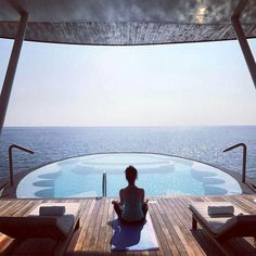 The St. Regis Maldives Vommuli Resort #Maldives