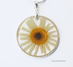 Camomile in resin pendant  dried flower pendant by twocatsboutique, $23.00