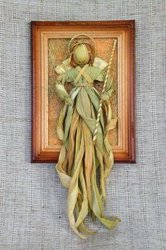 Doll Crafts, Diy Doll, Recycled Crafts, Diy And Crafts, Corn Husk Crafts, Corn Dolly, Corn Husk Dolls, Lavender Crafts, Wiccan Crafts