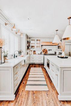 Home Decor Kitchen, Kitchen Interior, Home Interior Design, Home Kitchens, Kitchen Design, Kitchen Ideas, Dream House Exterior, House Paint Exterior, Dream Home Design