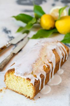Easy no mixer lemon loaf cake made with olive oil drizzled with simple lemon glaze! Baking Recipes, Cake Recipes, Dessert Recipes, Desserts, Dessert Ideas, Lemon Loaf Cake, The Joy Of Baking, Glaze For Cake, Cold Cake