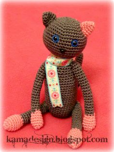 Crocheted kitty amigurumi for charity