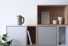 We have teamed up three talents who all live with STACKED shelves - this one is by @scandifan - Liane Luchies from The Netherlands. Liane about Muuto & STACKED:  My fascination for MUUTO started 7 years ago with the WOOD lamp and they still capture me with their stunning functional design #livingwithstacked #stackedshelfsystem #stackedshelvingsystem #jdsarchitects #stackedwithdoors #muuto #muutodesign #scandifan #endlesspossibilities #buildyourown #scandinaviandesign #newperspective