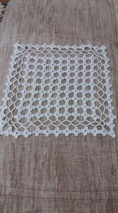 Parça - Her Crochet - Diy Crafts - Qoster Diy Lace Doily Bowl, Lace Doilies, Crochet Doilies, Free Crochet Doily Patterns, Crochet Motif, Crochet Stitches, Diy Crafts Crochet, Crochet Home, Crochet Projects