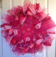 Large red and pink, BE MINE heart, Valentine's Day mesh wreath.