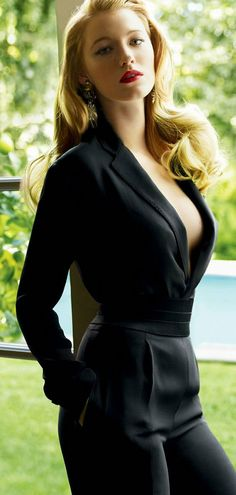 Blake Lively is everything in this jumpsuit. #BiznessLadiez #LadyBizness