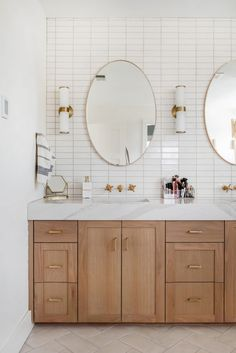 Two-Toned Master Bath Diy Bathroom Remodel, Bath Remodel, Modern Bathroom Design, Bath Design, Fireclay Tile, Interior Design Photos, Modern Baths, Boho Home, Bathroom Inspiration