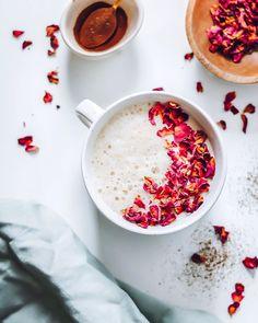 Coffee Latte, Tahini, Almond Milk, Herbalism, Healthy, Ethnic Recipes, How To Make, Food, Herbal Medicine