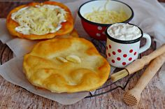 Expressz tejfölös lángos bögrésen   Rupáner-konyha