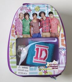 Watch and Wristband Backpack Gift Set One Direction Fandom, One Direction Photos, I Love One Direction, Awesome Backpacks, One Direction Louis Tomlinson, Harry Styles Poster, Hi Boy, How To Do Splits, Take Money