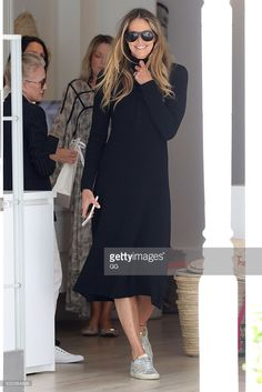 <a gi-track='captionPersonalityLinkClicked' href=/galleries/search?phrase=Elle+Macpherson&family=editorial&specificpeople=202490 ng-click='$event.stopPropagation()'>Elle Macpherson</a> is seen in Double Bay on May 11, 2016 in Sydney, Australia.