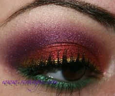 I could never wear makeup like this myself, but this is SO gorgeous! Blog Author says:  These were my eyes on Christmas day. Mr. Scrangie said it looked like a Victorian Christmas present. I was going more for frosted glass Christmas ornaments, but I think I like his description better.
