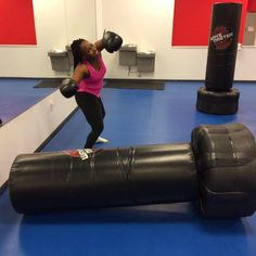 Make the best decision of your life and join us! :D #kickboxing #fitness #fitnesskickboxing #cardio #cardiokickboxing #motivation #inspiration #fitnessmotivation #fitnessinspiration #muscles #monday #girlsfitness #womensfitness #mensfitness #exercise #thai #muaythai #perfection #love #healthy #healthyliving #lovelife
