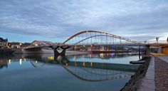 Schuman Bridge / Explorations Architecture