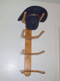 Cowboy Hat Rack Wall Mount 4 Western Hats Solid Oak Wood Quality Hand Made…